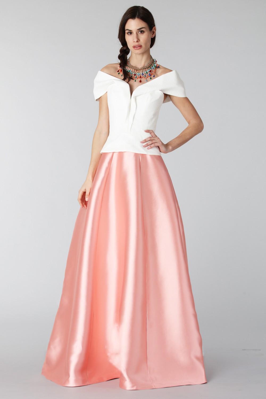 Completo gonna rosa e top bianco