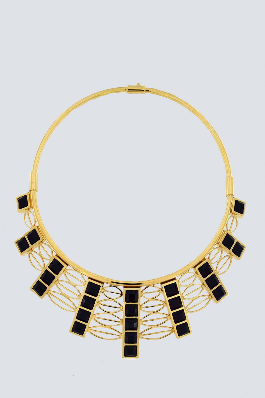 Collana in oro giallo e  cristalli Swarovski neri