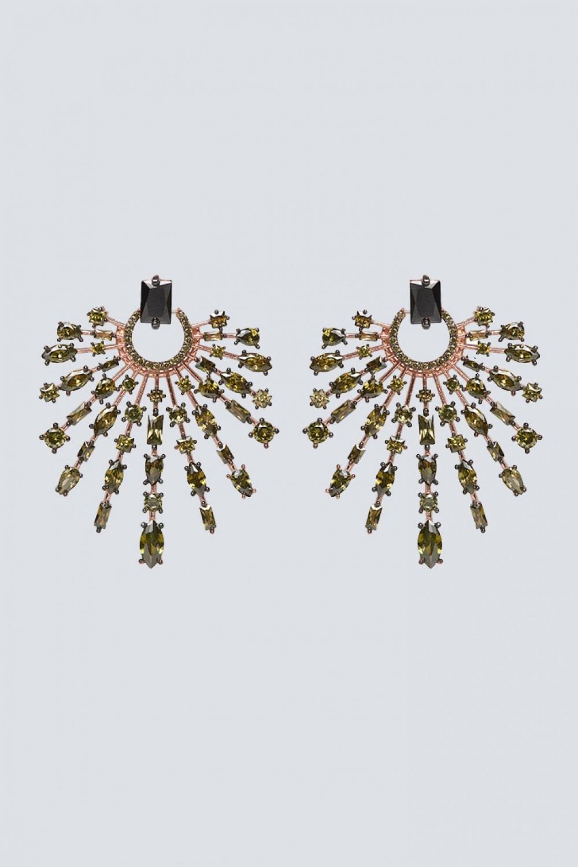 Orecchini chandelier con pietra verde