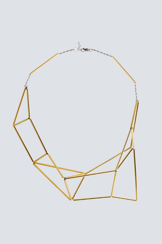 Collana snodata in oro