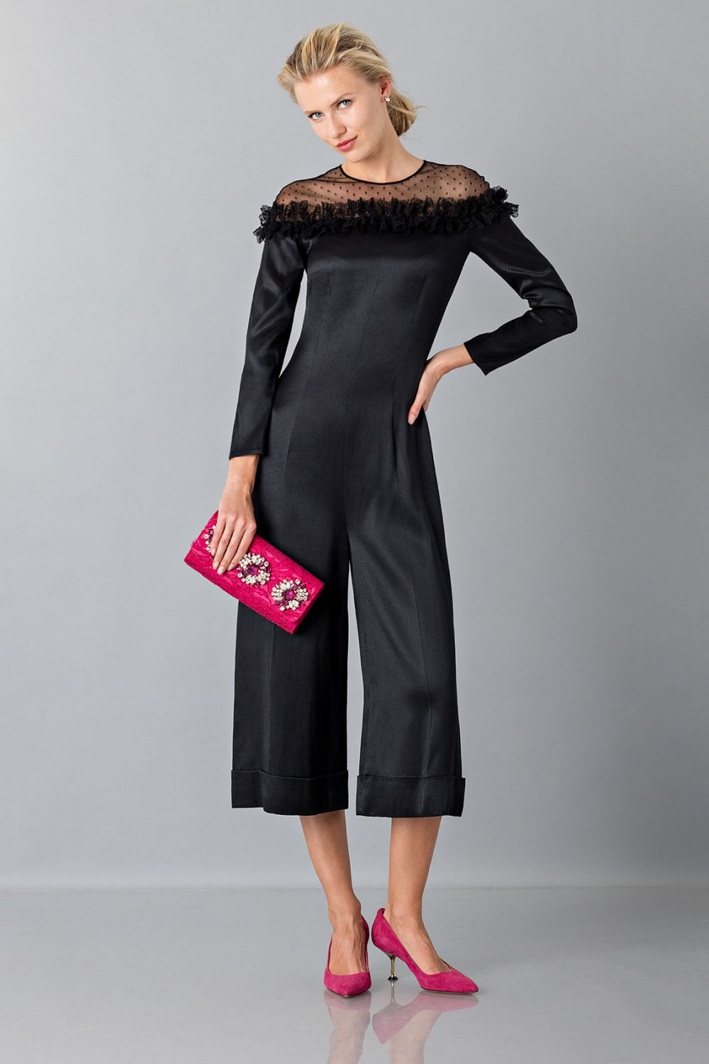 Jumpsuit nera longuette con pizzo off shoulder