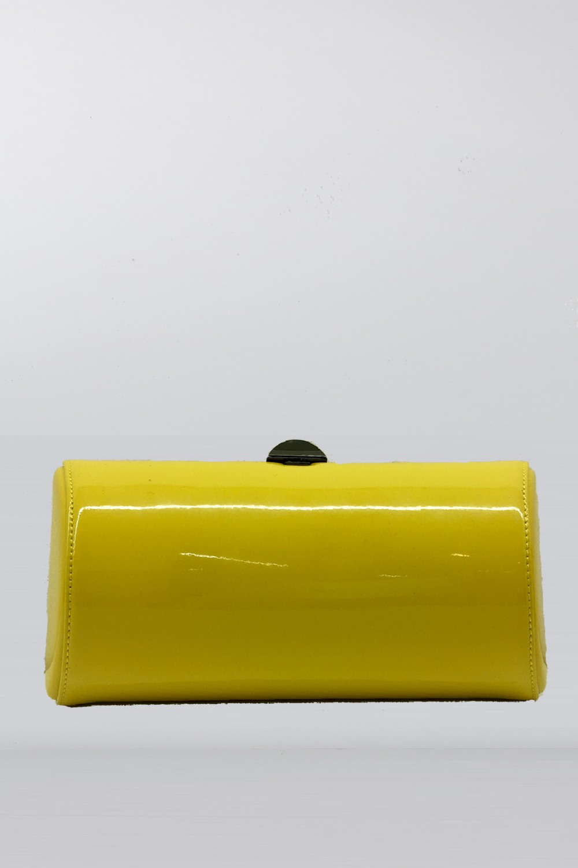 Clutch gialla in vernice