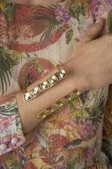 Drexcode - Bracciale maxi cuff con pietre chiare  - Natama - Noleggio - 2