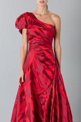 Drexcode - Abito rosso monospalla con manica a sbuffo - Vivienne Westwood - Noleggio - 6