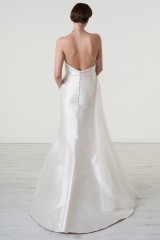 Drexcode - Abito da sposa con drappeggio asimmetrico in mikado - Peter Langner - Noleggio - 4