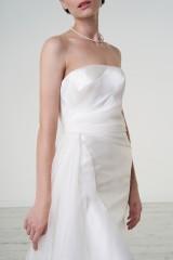 Drexcode - Abito da sposa con drappeggio asimmetrico in mikado - Peter Langner  - Noleggio - 3