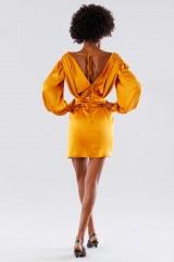 Drexcode - Abito corto arancio con scollo a V - Rhea Costa - Vendita - 5