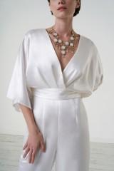 Drexcode - jumpsuit con scollo a V e fascia in vita - Theia - Noleggio - 2