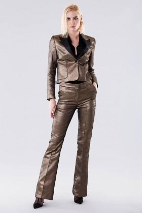 Completo giacca e pantalone dorati  - Giuliette Brown - Noleggio Drexcode - 1