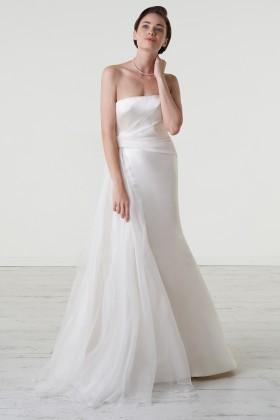 Abito da sposa con drappeggio asimmetrico in mikado - Peter Langner - Noleggio Drexcode - 1