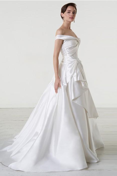 Vestiti Da Sposa Noleggio.Noleggia Un Abito Peter Langner Abito Da Sposa Asimmetrico