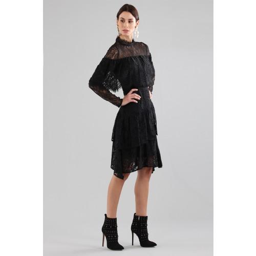 Vendita Abbigliamento Usato FIrmato - Abito corto nero con balze e maniche a mantella - Perseverance - Drexcode -6