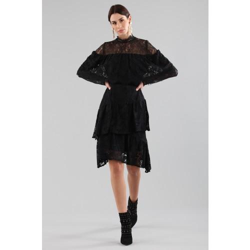 Vendita Abbigliamento Usato FIrmato - Abito corto nero con balze e maniche a mantella - Perseverance - Drexcode -3