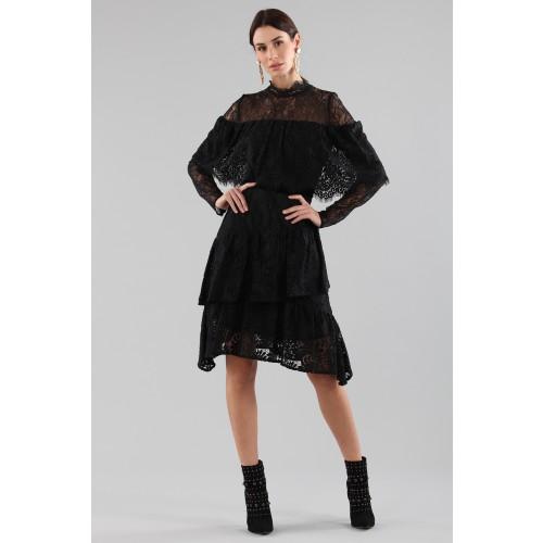 Vendita Abbigliamento Usato FIrmato - Abito corto nero con balze e maniche a mantella - Perseverance - Drexcode -5