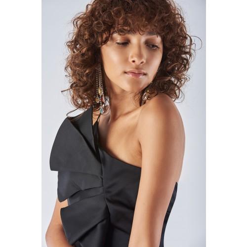 Vendita Abbigliamento Usato FIrmato - Abito corto nero con spallina - Amur - Drexcode -2
