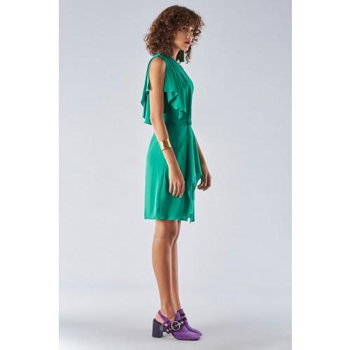 Vendita Abbigliamento Usato FIrmato - Abito verde con maniche asimmetriche - Halston - Drexcode -1