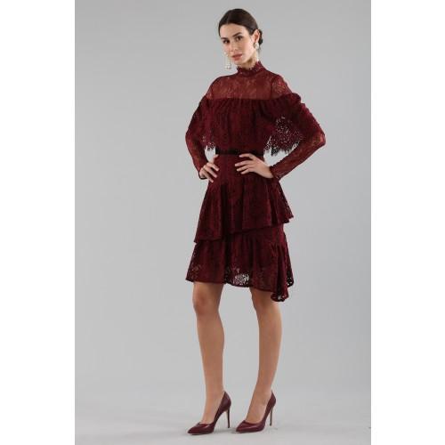 Vendita Abbigliamento Usato FIrmato - Abito corto burgundy con balze e maniche a mantella - Perseverance - Drexcode -6
