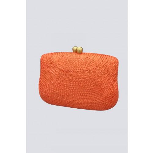 Vendita Abbigliamento Usato FIrmato - Clutch arancione con manico in plastica - Serpui - Drexcode -1