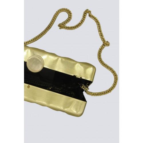Vendita Abbigliamento Usato FIrmato - Clutch rigida dorata - Anna Cecere - Drexcode -5