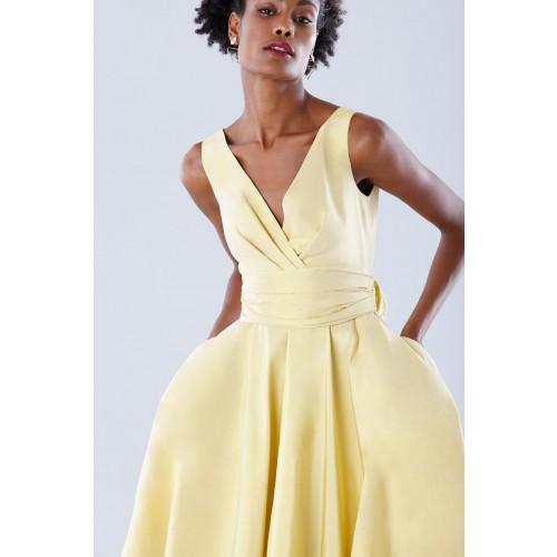 Vendita Abbigliamento Usato FIrmato - Abito giallo in taffeta - Daphne - Drexcode -7