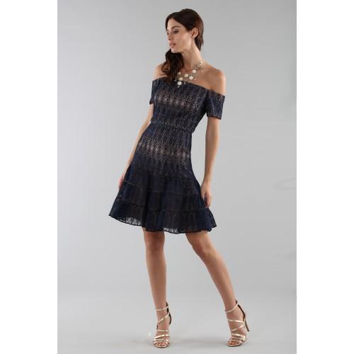 Vendita Abbigliamento Usato FIrmato - Abito corto in pizzo blu off-shoulder - ML - Monique Lhuillier - Drexcode -3