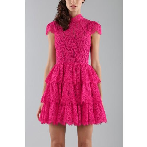 Vendita Abbigliamento Usato FIrmato - Abito fucsia in pizzo con gonna a balze - Alice+Olivia - Drexcode -2