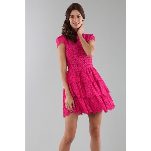 Vendita Abbigliamento Usato FIrmato - Abito fucsia in pizzo con gonna a balze - Alice+Olivia - Drexcode -4