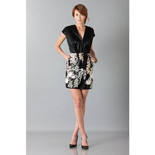Vendita Abbigliamento Usato FIrmato - Abito nero in techno seta ricamata - Blumarine - Drexcode -6