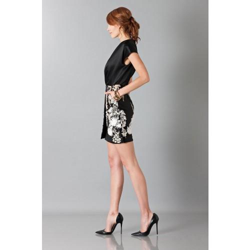 Vendita Abbigliamento Usato FIrmato - Abito nero in techno seta ricamata - Blumarine - Drexcode -7