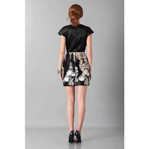 Vendita Abbigliamento Usato FIrmato - Abito nero in techno seta ricamata - Blumarine - Drexcode -3