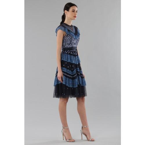 Vendita Abbigliamento Usato FIrmato - Abito corto con balze e ricamo floreale - Needle&Thread - Drexcode -1