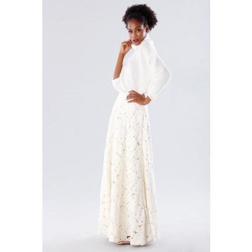 Vendita Abbigliamento Usato FIrmato - Completo bianco con gonna e maglione in cachemire - Paule Ka - Drexcode -8