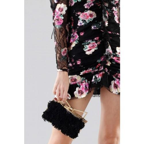 Vendita Abbigliamento Usato FIrmato - Clutch nera con pompon in stoffa - Sara Battaglia - Drexcode -3