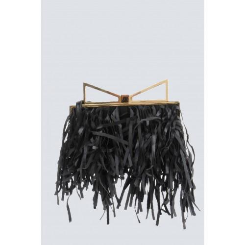Vendita Abbigliamento Usato FIrmato - Clutch nera con frange - Sara Battaglia - Drexcode -2