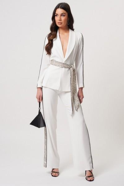 Tailleur bianco con inserti in paillettes