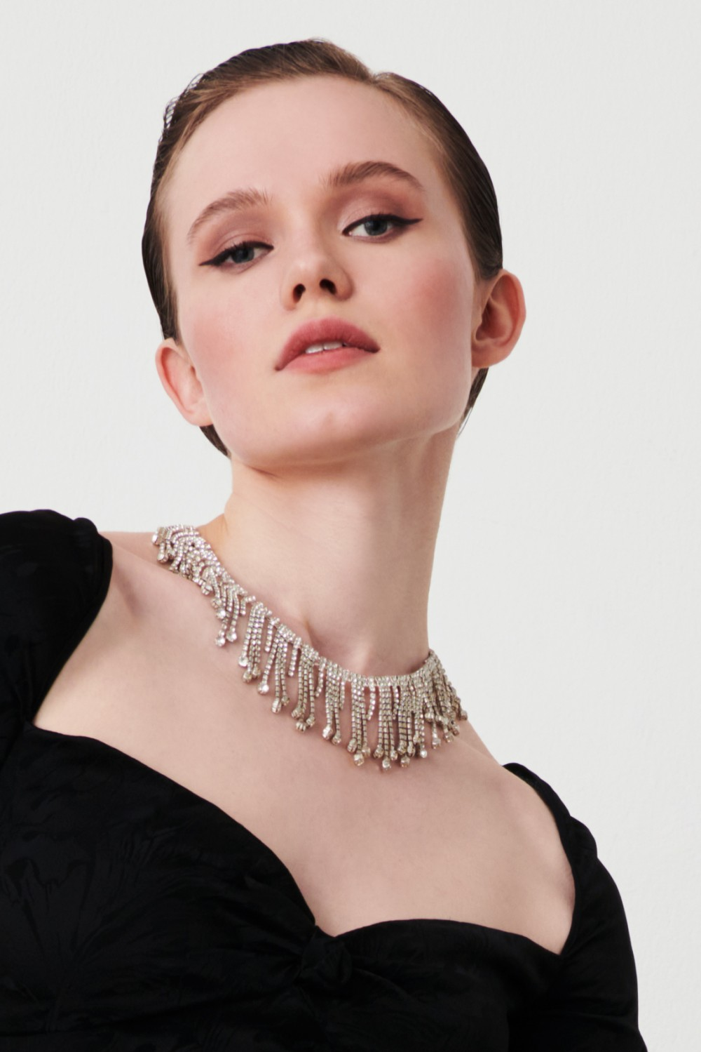 Necklace with crystal fringes