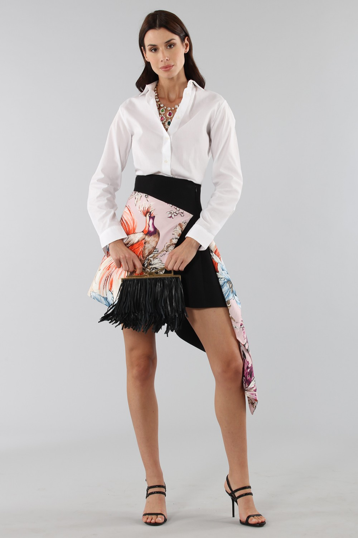 Asymmetric skirt with print