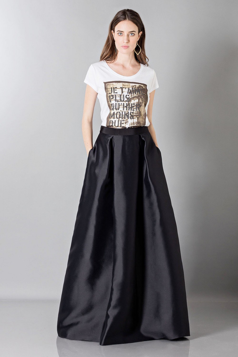 Silk loose-fitted skirt