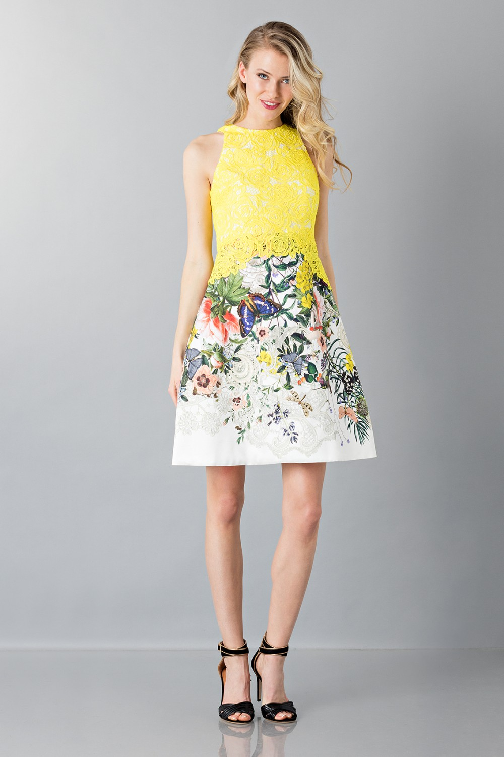 Lace and floreal short dress