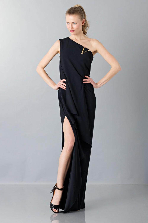 Floor-length one shoulder black dress