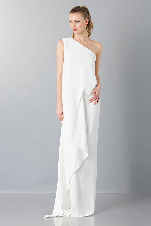 One-shoulder wedding gown