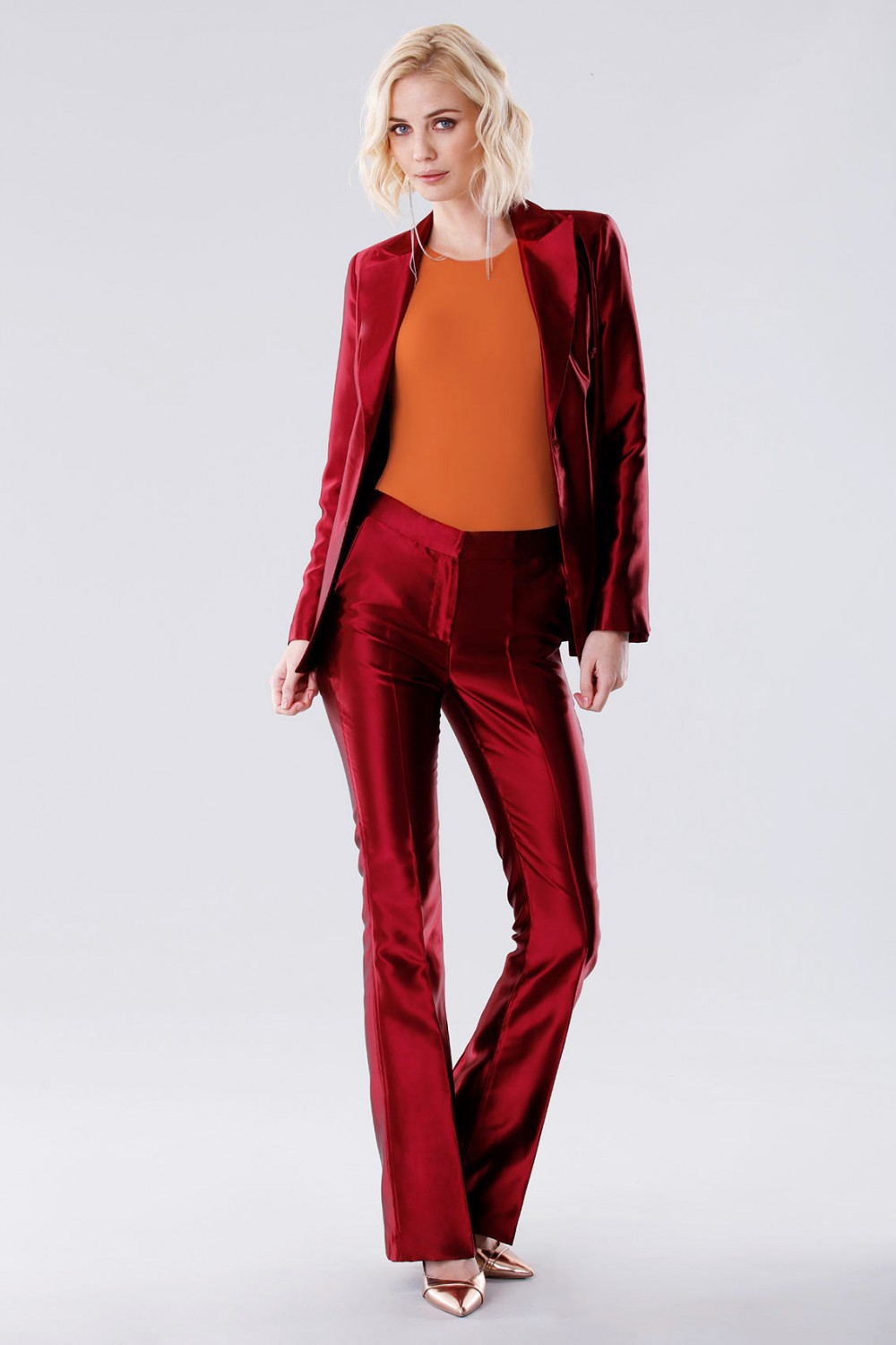 Burgundy satin suit with trousers and double-breasted jacket