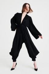Drexcode - Jumpsuit morbida con scollo profondo - Nervi - Sale - 2