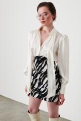 Drexcode - Camicia bianca in seta con fiocco - Redemption - Sale - 5
