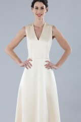 Drexcode - Ivory dress with V-neck in silk satin - Alberta Ferretti - Rent - 6