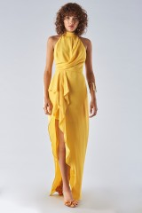 Drexcode - Dress with high collar and draping - Halston Heritage - Rent - 1