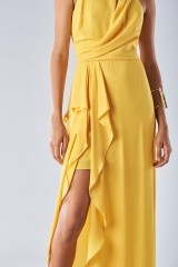 Drexcode - Dress with high collar and draping - Halston Heritage - Rent - 3