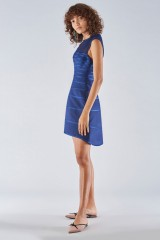 Drexcode - Dress with relief decoration - Halston - Rent - 4