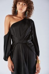 Drexcode - One shoulder dress with off-shoulder sleeves - Amur - Rent - 3