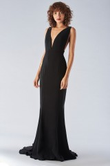 Drexcode - Black mermaid dress with a neckline - Fely Campo - Rent - 5
